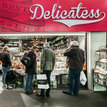 Casa Delicatess Shopfront