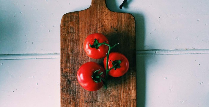 Fresh News- Blanch and deseed a tomato