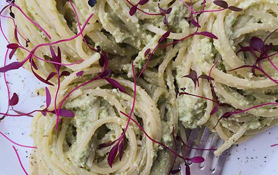 Asparagus walnut pesto pasta