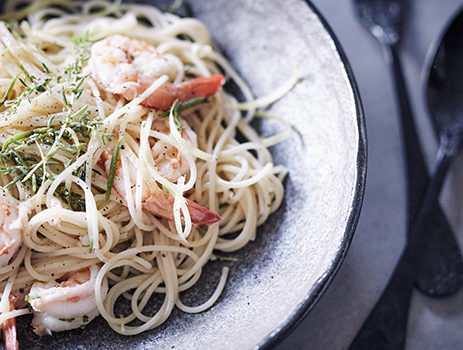 Prawns and sea blite spaghettini