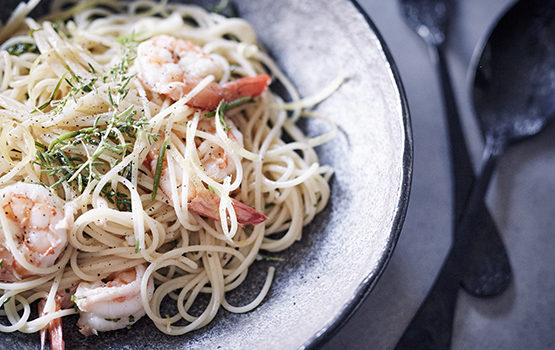 Prawns and sea blite spaghettini