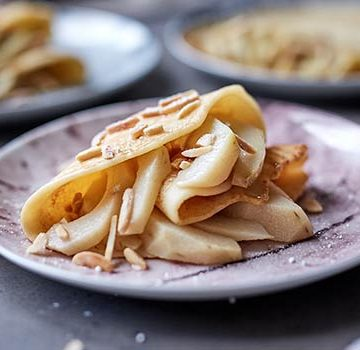 Poached Guavas Crepes