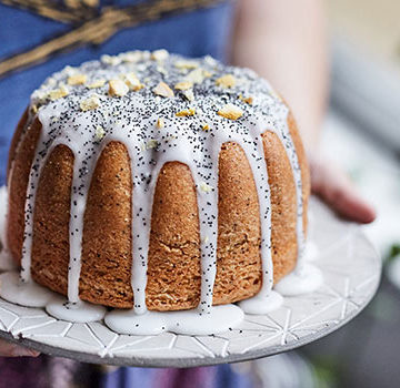 Lemon Olive Oil Poppy Seed Cake