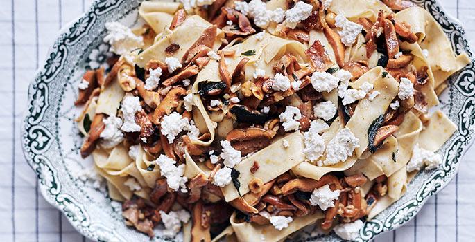 Recipe_Pine-Mushroom-Pasta_IronChefShellie