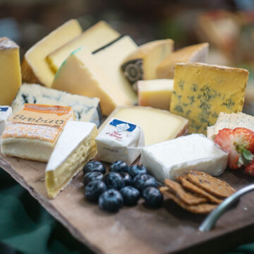 Around the world with cheese competition pack