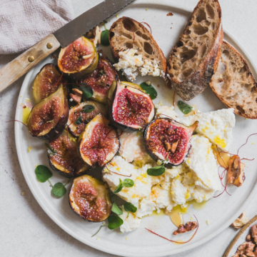 figs and ricotta