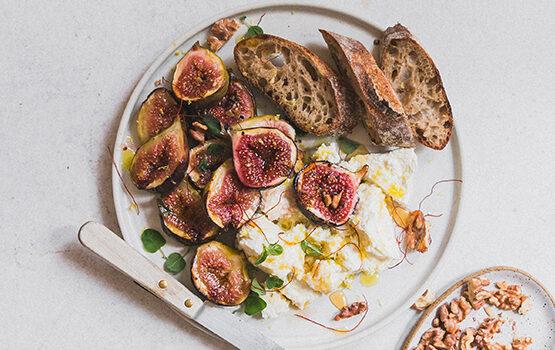 Honey caramelised figs